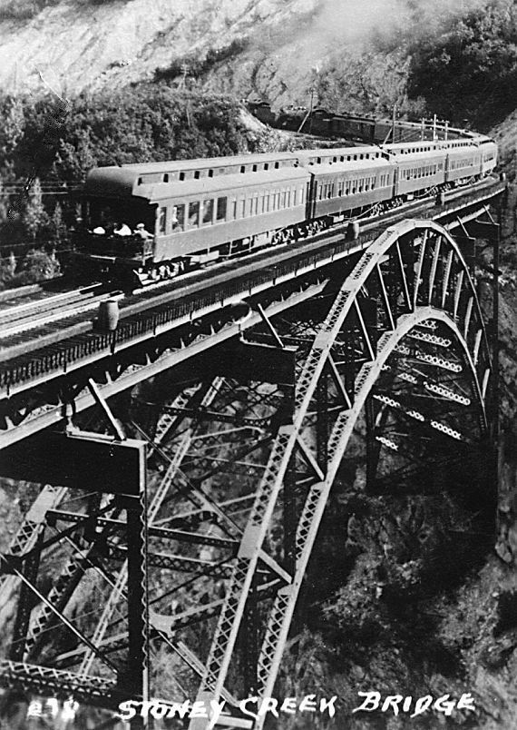1059_120_B_W_Stoney_Creek_Bridge_1950_s.jpg